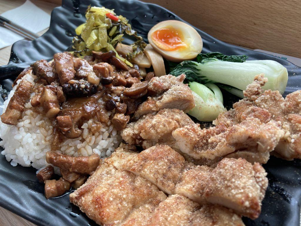 台式炸雞排魯肉飯溏心蛋