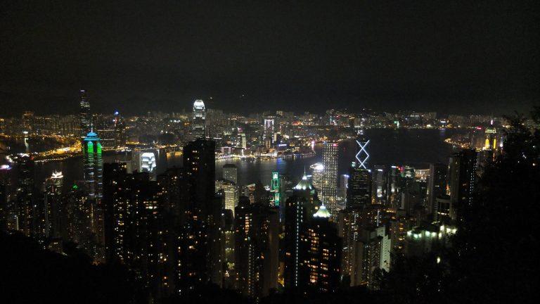 維多利亞港百萬夜景:璀璨奪目的東方之珠